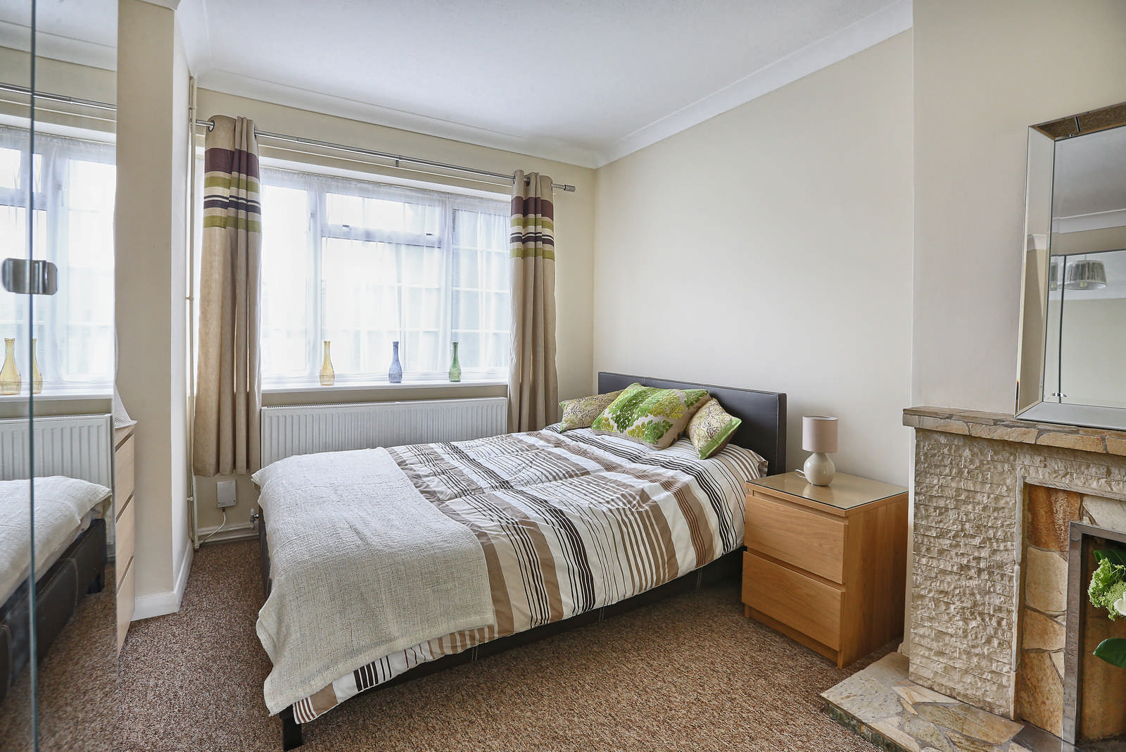 Estate Agency: FrontRoom06